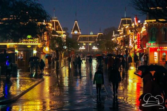 DisneylandResortRainyDay-154