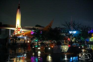 DisneylandResortRainyDay-165