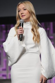 ORLANDO, FL - APRIL 13: Billie Lourd attends the 40 YEARS OF STAR WARS PANEL during the 2017 STAR WARS CELEBRATION at Orange County Convention Center on April 13, 2017 in Orlando, Florida. (Photo by Gerardo Mora/Getty Images for Disney) *** Local Caption *** Billie Lourd