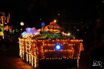 DisneylandMainStreetElectricalParade_45thAnniversary-51
