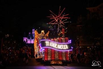 DisneylandMainStreetElectricalParade_45thAnniversary-71
