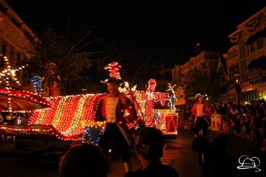 DisneylandMainStreetElectricalParade_45thAnniversary-75