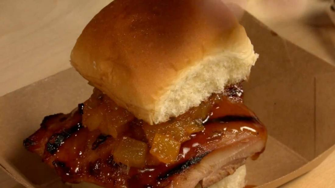 Geek Eats: Teriyaki Chicken Sliders with Dole Pineapple Jam Recipe from the Disney California Adventure Food & Wine Festival