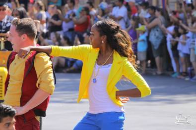 Disney_Descendants_Disneyland_Pre_Parade-13