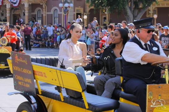 Disney_Descendants_Disneyland_Pre_Parade-22