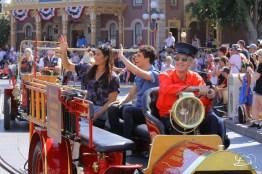 Disney_Descendants_Disneyland_Pre_Parade-35