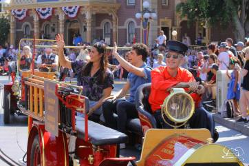 Disney_Descendants_Disneyland_Pre_Parade-35