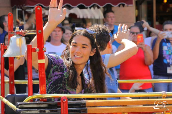 Disney_Descendants_Disneyland_Pre_Parade-45