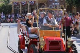 Disney_Descendants_Disneyland_Pre_Parade-48