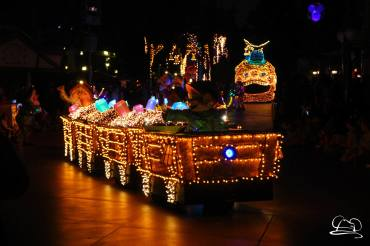 Final Main Street Electrical Parade-90