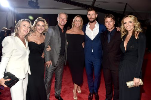 "HOLLYWOOD, CA - OCTOBER 10: Actors Chris Hemsworth (3rd R), Luke Hemsworth and family at The World Premiere of Marvel Studios' ""Thor: Ragnarok"" at the El Capitan Theatre on October 10, 2017 in Hollywood, California. (Photo by Alberto E. Rodriguez/Getty Images for Disney) *** Local Caption *** Chris Hemsworth; Luke Hemsworth; Samantha Hemsworth"