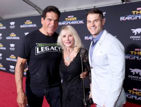 """HOLLYWOOD, CA - OCTOBER 10: (L-R) Actor Lou Ferrigno, Carla Ferrigno, and Louis Ferrigno Jr. at The World Premiere of Marvel Studios' """"Thor: Ragnarok"""" at the El Capitan Theatre on October 10, 2017 in Hollywood, California. (Photo by Rich Polk/Getty Images for Disney) *** Local Caption *** Lou Ferrigno; Carla Ferrigno; Louis Ferrigno Jr"""