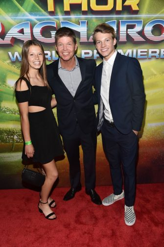 """HOLLYWOOD, CA - OCTOBER 10: Comic book creator Rob Liefeld (C) and guests at The World Premiere of Marvel Studios' """"Thor: Ragnarok"""" at the El Capitan Theatre on October 10, 2017 in Hollywood, California. (Photo by Alberto E. Rodriguez/Getty Images for Disney) *** Local Caption *** Rob Liefeld"""