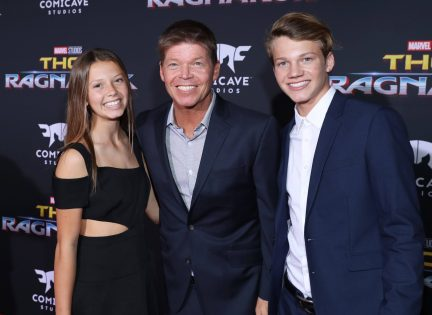 """HOLLYWOOD, CA - OCTOBER 10: Comic book creator Rob Liefeld (C) and guests at The World Premiere of Marvel Studios' """"Thor: Ragnarok"""" at the El Capitan Theatre on October 10, 2017 in Hollywood, California. (Photo by Rich Polk/Getty Images for Disney) *** Local Caption *** Rob Liefeld"""