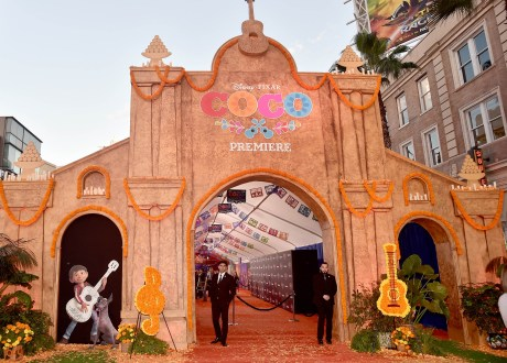 """HOLLYWOOD, CA - NOVEMBER 08: A view of the atmosphere at the U.S. Premiere of Disney-Pixarís """"Coco"""" at the El Capitan Theatre on November 8, 2017, in Hollywood, California. (Photo by Alberto E. Rodriguez/Getty Images for Disney)"""