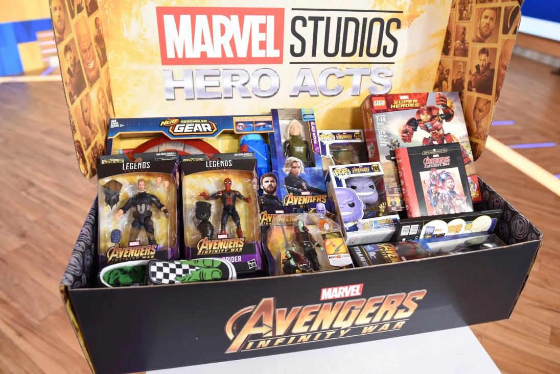 Marvel The Universe Unites Hero Acts Box