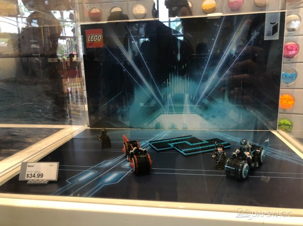 Tron Lightcycle Lego Store-11