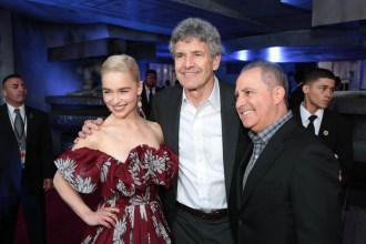 "Emilia Clarke, Alan Horn and Alan Bergman attend the world premiere of ""Solo: A Star Wars Story"" in Hollywood on May 10, 2018. (Photo: Alex J. Berliner/ABImages)"