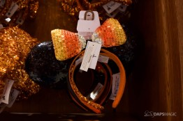 2018 Halloween Merchandise at the Disneyland Resort-14