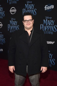 HOLLYWOOD, CA - NOVEMBER 29: Josh Gad attends Disney's 'Mary Poppins Returns' World Premiere at the Dolby Theatre on November 29, 2018 in Hollywood, California. (Photo by Alberto E. Rodriguez/Getty Images for Disney) *** Local Caption *** Josh Gad