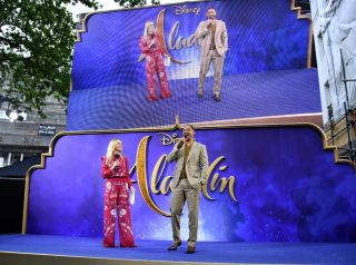 """LONDON, ENGLAND - MAY 09: Edith Bowman interviews Will Smith at the European Gala Screening of Disney's """"Aladdin"""" at Odeon Leicester Square on May 09, 2019 in London, England. (Photo by Gareth Cattermole/Getty Images for Disney)"""