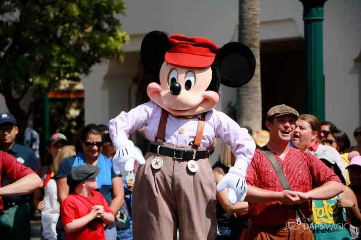Final Performance Red Car Trolley News Boys at Disney California Adventure-9