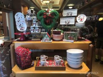 Disneyland Resort Holiday Merchandise 2019-30
