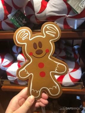 Disneyland Resort Holiday Merchandise 2019-31