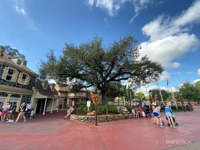 Liberty Tree in Liberty Square at Magic Kingdom-8