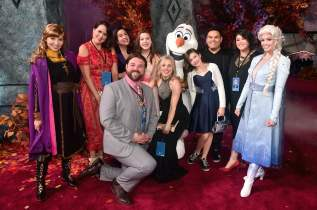 """HOLLYWOOD, CALIFORNIA - NOVEMBER 07: Anna, Olaf, Elsa, Songwriters Kristen Anderson-Lopez and Robert Lopez, and guests attend the world premiere of Disney's """"Frozen 2"""" at Hollywood's Dolby Theatre on Thursday, November 7, 2019 in Hollywood, California. (Photo by Alberto E. Rodriguez/Getty Images for Disney)"""