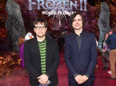 """HOLLYWOOD, CALIFORNIA - NOVEMBER 07: (L-R) Musicians Rivers Cuomo and Brian Bell of Weezer attend the world premiere of Disney's """"Frozen 2"""" at Hollywood's Dolby Theatre on Thursday, November 7, 2019 in Hollywood, California. (Photo by Alberto E. Rodriguez/Getty Images for Disney)"""