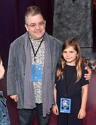 """HOLLYWOOD, CALIFORNIA - NOVEMBER 07: (L-R) Patton Oswalt and Alice Rigney Oswalt attend the world premiere of Disney's """"Frozen 2"""" at Hollywood's Dolby Theatre on Thursday, November 7, 2019 in Hollywood, California. (Photo by Alberto E. Rodriguez/Getty Images for Disney)"""