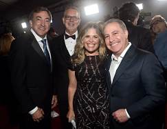 """HOLLYWOOD, CALIFORNIA - NOVEMBER 07: (L-R) Producer Peter Del Vecho, Director Chris Buck, Director/writer/Walt Disney Animation Studios CCO Jennifer Lee, and Co-Chairman, The Walt Disney Studios Alan Bergman attend the world premiere of Disney's """"Frozen 2"""" at Hollywood's Dolby Theatre on Thursday, November 7, 2019 in Hollywood, California. (Photo by Alberto E. Rodriguez/Getty Images for Disney)"""
