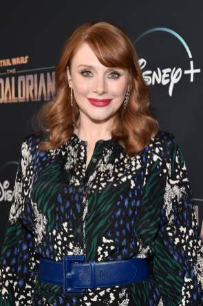 "HOLLYWOOD, CALIFORNIA - NOVEMBER 13: Director Bryce Dallas Howard arrives at the premiere of Lucasfilm's first-ever, live-action series, ""The Mandalorian,"" at the El Capitan Theatre in Hollywood, Calif. on November 13, 2019. ""The Mandalorian"" streams exclusively on Disney+. (Photo by Alberto E. Rodriguez/Getty Images for Disney)"