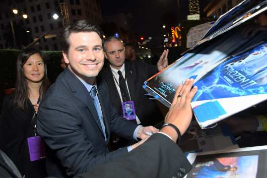 """HOLLYWOOD, CALIFORNIA - NOVEMBER 07: Actor Jason Ritter attends the world premiere of Disney's """"Frozen 2"""" at Hollywood's Dolby Theatre on Thursday, November 7, 2019 in Hollywood, California. (Photo by Charley Gallay/Getty Images for Disney)"""