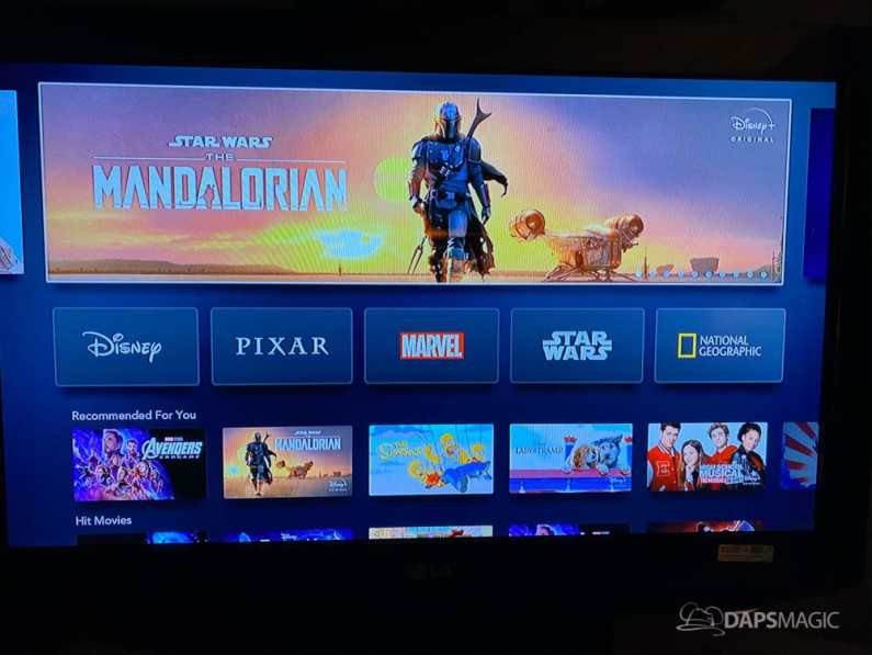 Disney+ Live on Apple TV-4