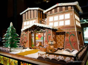 Grand Californian Hotel and Spa Gingerbread House-5