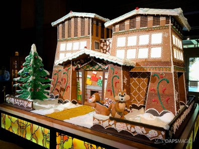 Grand Californian Hotel and Spa Gingerbread House-9