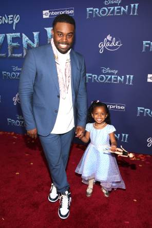 "HOLLYWOOD, CALIFORNIA - NOVEMBER 07: (L-R) Tobie Windham and guest attends the world premiere of Disney's ""Frozen 2"" at Hollywood's Dolby Theatre on Thursday, November 7, 2019 in Hollywood, California. (Photo by Jesse Grant/Getty Images for Disney)"