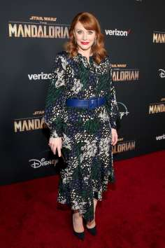 "HOLLYWOOD, CALIFORNIA - NOVEMBER 13: Director Bryce Dallas Howard arrives at the premiere of Lucasfilm's first-ever, live-action series, ""The Mandalorian,"" at the El Capitan Theatre in Hollywood, Calif. on November 13, 2019. ""The Mandalorian"" streams exclusively on Disney+. (Photo by Jesse Grant/Getty Images for Disney)"