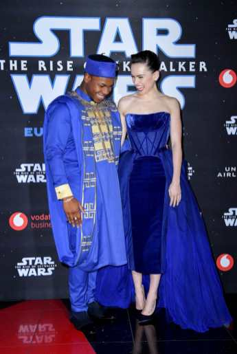 """LONDON, ENGLAND - DECEMBER 18: John Boyega and Daisy Ridley attend the European premiere of """"Star Wars: The Rise of Skywalker"""" at Cineworld Leicester Square on December 18, 2019 in London, England. (Photo by Gareth Cattermole/Getty Images for Disney)"""