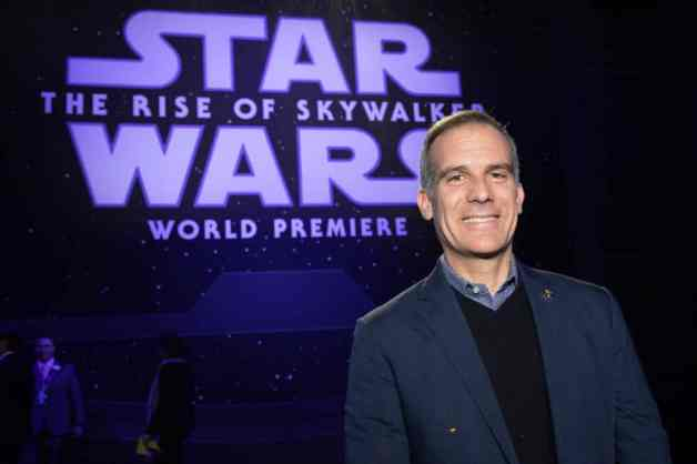 Los Angeles Mayor Eric Garcetti arrives for the World Premiere of Star Wars: The Rise of Skywalker, the highly anticipated conclusion of the Skywalker saga, in Hollywood, CA, on December 16, 2019..(photo: Alex J. Berliner/ABImages)