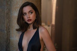 B25_36645_RC2 Paloma (Ana De Armas) in Cuba in NO TIME TO DIE, a DANJAQ and Metro Goldwyn Mayer Pictures film. Credit: Nicola Dove © 2019 DANJAQ, LLC AND MGM. ALL RIGHTS RESERVED.