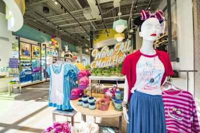 DisneyStyle is the latest fashion-forward merchandise spot with a twist at Disney Springs West Side. Here, fashionistas find a curated assortment of trendy apparel and accessories inspired by beloved Disney characters and Disney Parks attractions. Intertwined throughout the shop is a variety of photo backdrops to capture the moment in style. (Matt Stroshane, photographer)