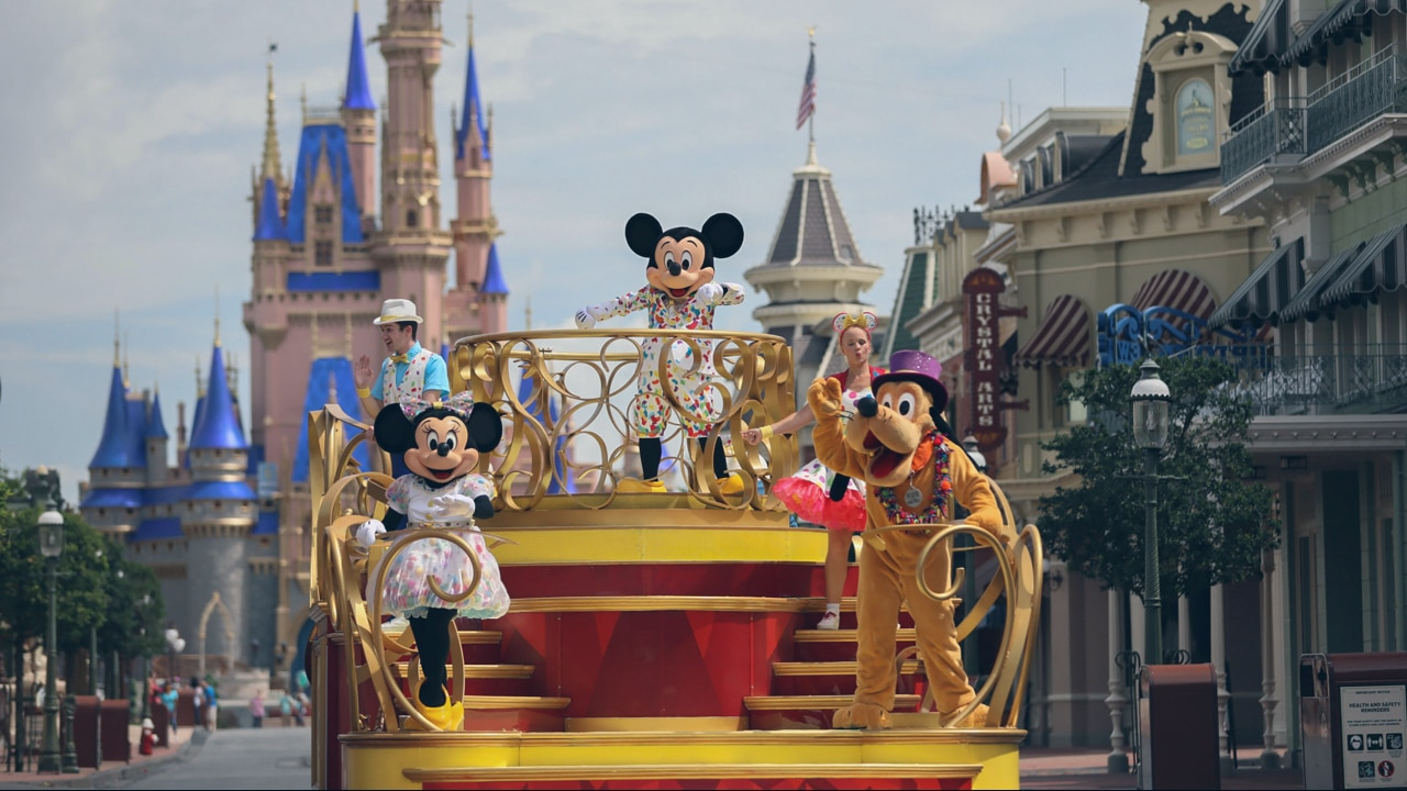 Magic Kingdom Shares Disney Magic with Cavalcades and Character Viewpoints