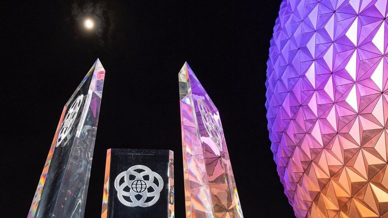 First Look at EPCOT Main Entrance Fountain Pylons Revealed!