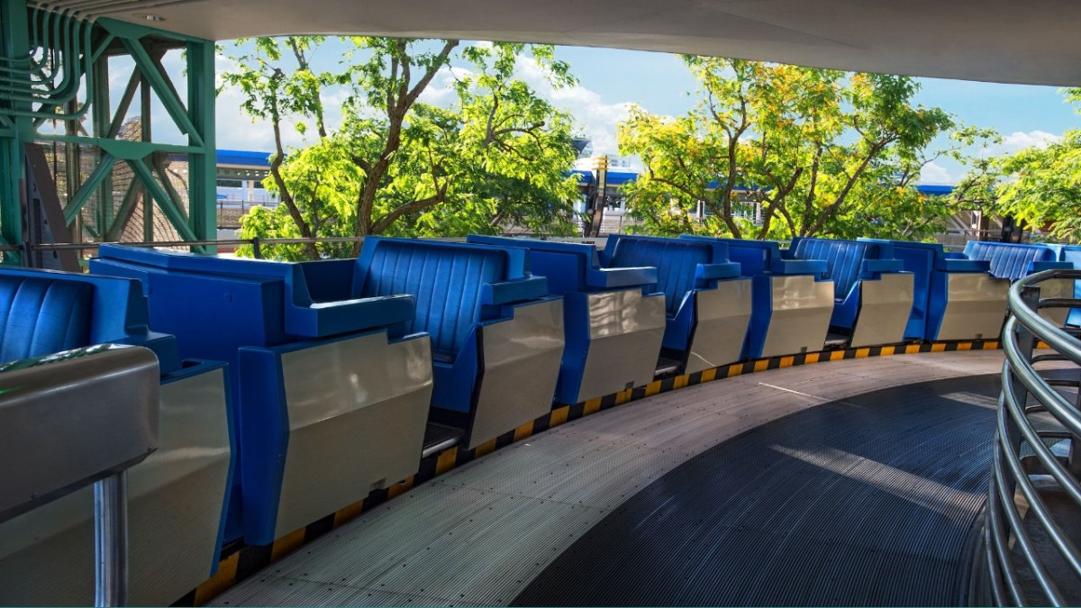 Tomorrowland Transit Authority PeopleMover - Featured Image