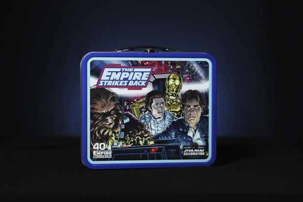 star-wars-celebration-2020-lunch-box-02-93iudw