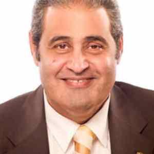 د. نبيل فاروق