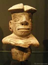 Figura Humana - Horizonte Chavin, 1000 - 400 BC